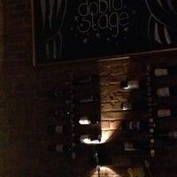 Das Foto wurde bei Doblo Wine & Bar von Polina N. am 6/10/2014 aufgenommen