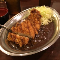 Photo taken at Gold Curry by nyamo on 8/21/2017