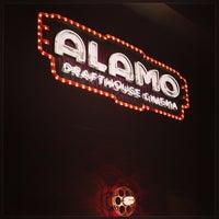 รูปภาพถ่ายที่ Alamo Drafthouse One Loudoun โดย Mike S. เมื่อ 7/7/2013