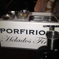 Foto tomada en Porfirio's Restaurant por Jessica G. el 12/16/2012