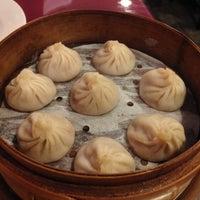Photo taken at Shanghai Gourmet 上海人家 by Frank S. on 10/26/2012