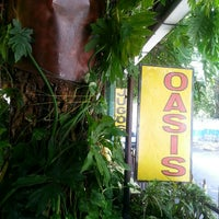 Photo taken at Oasis: Jugos y Licuados by Alex d. on 7/18/2014