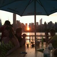 Das Foto wurde bei Anable Basin Sailing Bar & Grill von Dana H. am 6/30/2013 aufgenommen
