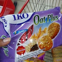 Photo taken at Top 100 Supermarket by Yоко M. on 1/4/2017