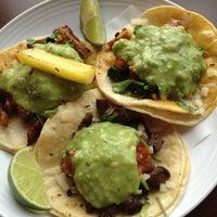 Das Foto wurde bei Tacos Chukis von Sean C. am 2/24/2013 aufgenommen