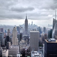 Foto tomada en Top of the Rock Observation Deck  por Abe D. el 7/12/2013
