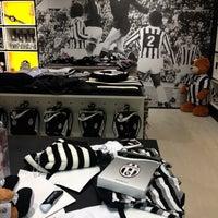 Foto scattata a Juventus Store da 🇮🇹Antony🇮🇹 D. il 11/26/2012