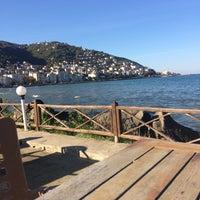 Photo taken at Genç Ayışığı Aile Çay Bahçesi by Mert Can P. on 11/20/2015