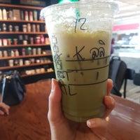 Photo prise au Starbucks par lalida r. le4/14/2018