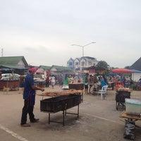 Photo taken at ตลาดแลง บ้านติ้ว by lalida r. on 8/2/2013
