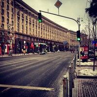รูปภาพถ่ายที่ Вулиця Хрещатик / Khreshchatyk Street โดย Сергей Н. เมื่อ 2/16/2013