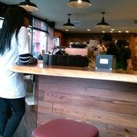 Foto tomada en Starbucks por Sustainable Restaurant Corps el 3/8/2013