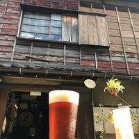 9/23/2017 tarihinde ショーン・ヨカネ・マクアードル・タコラziyaretçi tarafından Yanaka Beer Hall'de çekilen fotoğraf