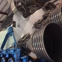 5/26/2013 tarihinde Chrisziyaretçi tarafından Rocket Park (NASA Saturn V Rocket)'de çekilen fotoğraf