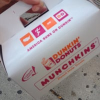 Photo taken at Dunkin' Donuts by Lulu 💖 A. on 10/2/2013