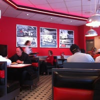 Photo taken at Steak 'n Shake by Ana L. on 12/23/2012