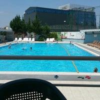 Photo taken at Asya Spor Merkezi Yüzme Havuzu by Hüsniye Ç. on 7/13/2016