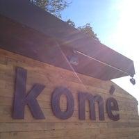 รูปภาพถ่ายที่ Komé โดย Weird C. เมื่อ 12/10/2012