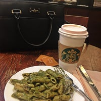 8/9/2018にKaren RamosがStarbucks Coffeeで撮った写真