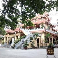 Photo taken at Chùa Phổ Quang by Quang Doan on 8/6/2014