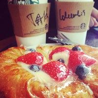 Photo taken at Starbucks by Fiztashka on 4/7/2013