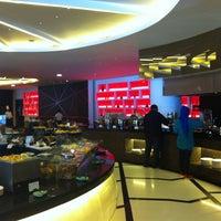 Photo taken at Sheraton Bali Kuta Resort by Victoria A. on 1/28/2013