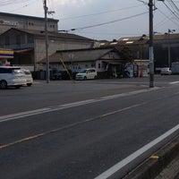 Photo taken at 久米池うどん by Saburo F. on 1/30/2013