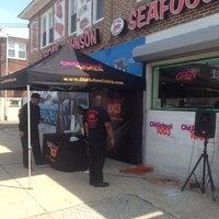 Foto tomada en Jordan Johnson's Gourmet Seafood por David K. el 4/25/2014