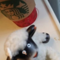 Photo taken at Starbucks by toofa a. on 12/23/2013