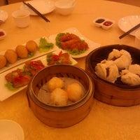 Photo taken at KL SOGO Siang Seafood Restaurant by Kari M. on 5/30/2013