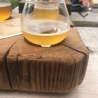 Foto tomada en Haw River Farmhouse Ales  por Tom M. el 7/21/2018
