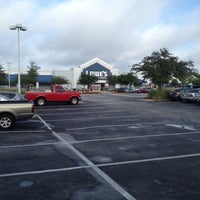 Photo taken at Lowe's Home Improvement by Steve C. on 9/18/2012