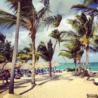 Photo taken at Luxury Bahia Principe Esmeralda Don Pablo Collection by Artur M. on 12/11/2012