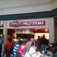 Photo taken at Charlies Cheesesteak by Alpheus H. on 8/18/2014