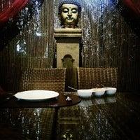Photo taken at Sarita Indian Resturante by Beatriz J. on 4/18/2014