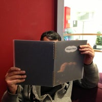 Photo taken at Häagen-Dazs by Yaqoob A. on 2/15/2013