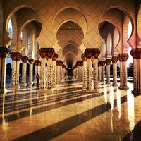 Photo taken at Sheikh Zayed Grand Mosque by Hassan A. on 5/25/2013