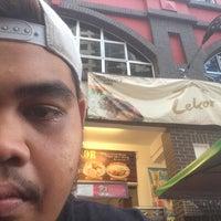 Photo taken at Lekor - Terengganu Malaysian Cuisine by Aziz A. on 2/1/2016