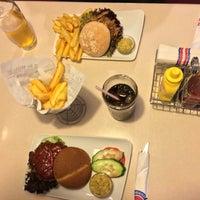 Das Foto wurde bei Jones - K's Original American Diner von Christian P. am 6/7/2016 aufgenommen