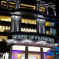 Photo taken at House of Fashions Mega Mall by Imzeth F. on 11/5/2013