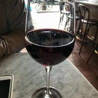 6/6/2018にTom B.がVanguard Wine Barで撮った写真