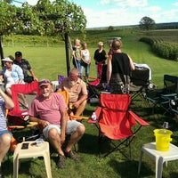 Foto scattata a John Ernest Vineyard & Winery da Tim D. il 8/21/2016