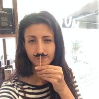 Foto tomada en Mustache por Karina S. el 6/12/2014