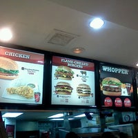 Photo taken at Burger King by Zelle Frexine X. on 12/7/2012