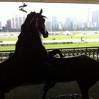 Foto tirada no(a) Jockey Club de São Paulo por Lu L. em 11/30/2012