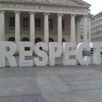 11/19/2012 tarihinde Geoffrey G.ziyaretçi tarafından Muntplein / Place de la Monnaie'de çekilen fotoğraf