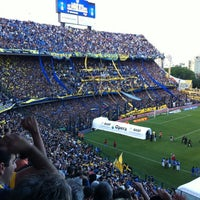 "Foto tirada no(a) Estadio Alberto J. Armando ""La Bombonera"" (Club Atlético Boca Juniors) por Mariano M. em 12/8/2012"