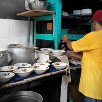 Photo taken at Pangsit Mie Ayam Tuban Pak Suci by Heru S. on 2/26/2015