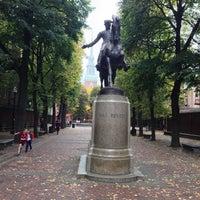 Foto tirada no(a) Paul Revere Statue por Steve S. em 10/24/2012