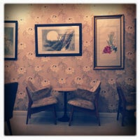 Photo taken at Peony Teafé and Gallery by BiGFat T. on 9/30/2012